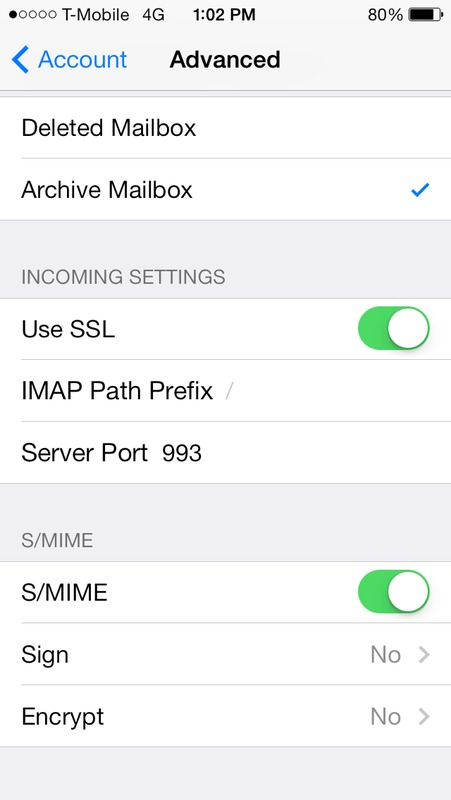 Screen capture of iPhone email account advanced setting to enable S/MIME email signing and encryption.