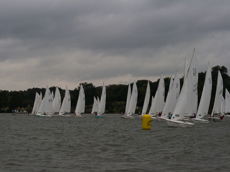 Photographing the start from the pin end gives you an unobstructed view of the fleet, but you will not get the faces of any of the competitors.